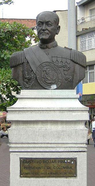 Gustavo Rojas Pinilla - Image: Gustavo Rojas Pinilla Busto Medellin