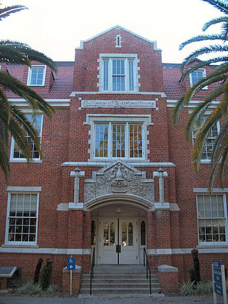 University of Florida College of Agricultural and Life Sciences - Griffin-Floyd Hall Home of CALS