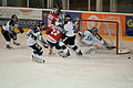 HC Yverdon - Neuchatel Université - 09-10-12 - action devant le but d'Yverdon.jpg