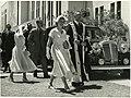HM Queen Elizabeth II & Mayor Harry Barker, Gisborne, January 6 1954 (17172528575).jpg