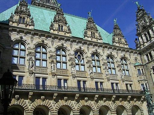 Hamburger Rathaus, Innenhof