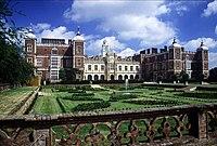 Hatfield House.jpg