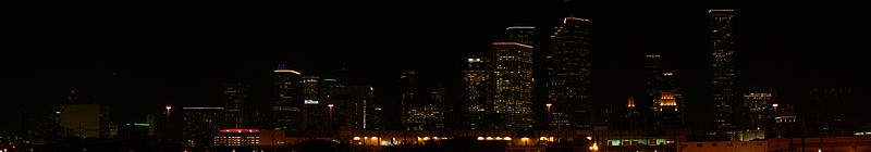 Houston skyline from southeast at night.jpg