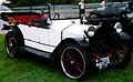 Hupmobile Model 32 Touring 1914.jpg