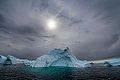 Icebergs (15663445649).jpg