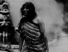 Ofbyld:In the Land of the Head Hunters (1914).webm