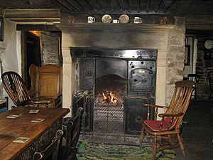 English: Interior of The Green Dragon Inn at H...