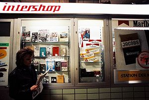 English: An intershop at trainstation Berlin F...