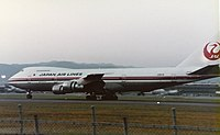 Japan Airlines B747SR-46 (JA8119) at Itami Airport in 1984.jpg