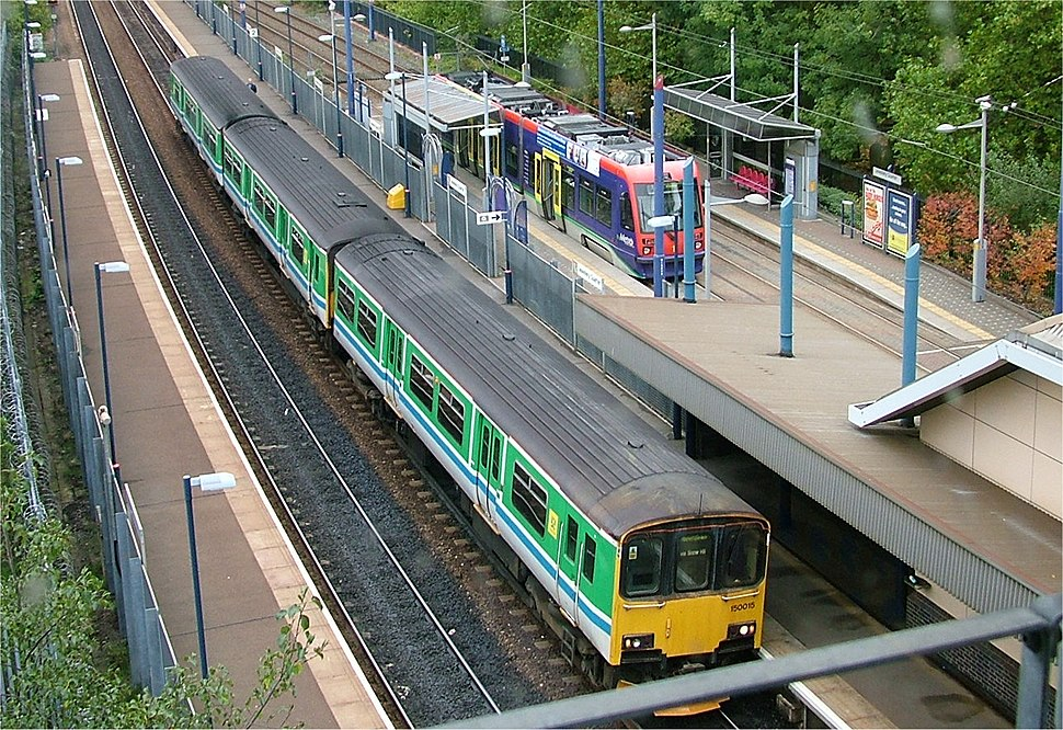 Jewellery Quarter railway station train and tram - Birmingham - 2005-10-14