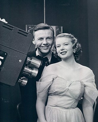 The First Hundred Years - Jimmy Lydon and Olive Stacey as newlyweds Chris and Connie, 1951