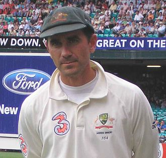 Bouncer (cricket) - Justin Langer spent time in hospital in 2006 after being struck in the head by a bouncer