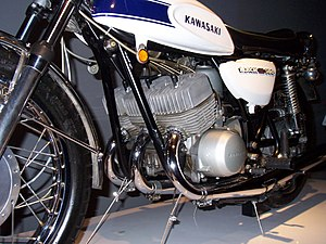 Straight-three engine - Kawasaki H1 Mach III