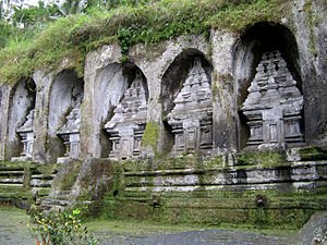 Ubud - The Kings' tombs at Gunung Kawi temple