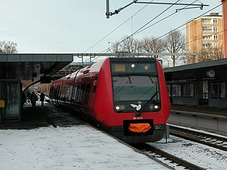 S-train (Copenhagen) - An S-train with coupler cover on the F line at Ålholm Station