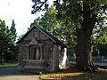 Kostnica - pierwotnie Ogrójec przy kościele pw. Świętej Trójcy i św. Floriana.jpg