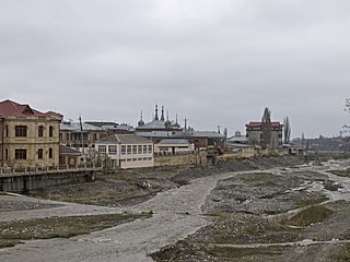 Krasnaya Sloboda from the bridge.jpg