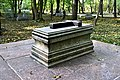 Kronstadt Cenotaph of Admiral F. F. Bellingshausen 2.jpg
