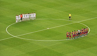 LFP - Barcelona vs Mallorca pre-match - Oct 3rd 2010.jpg