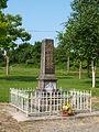 La Neuville-à-Maire-FR-08-monument aux morts-05.JPG