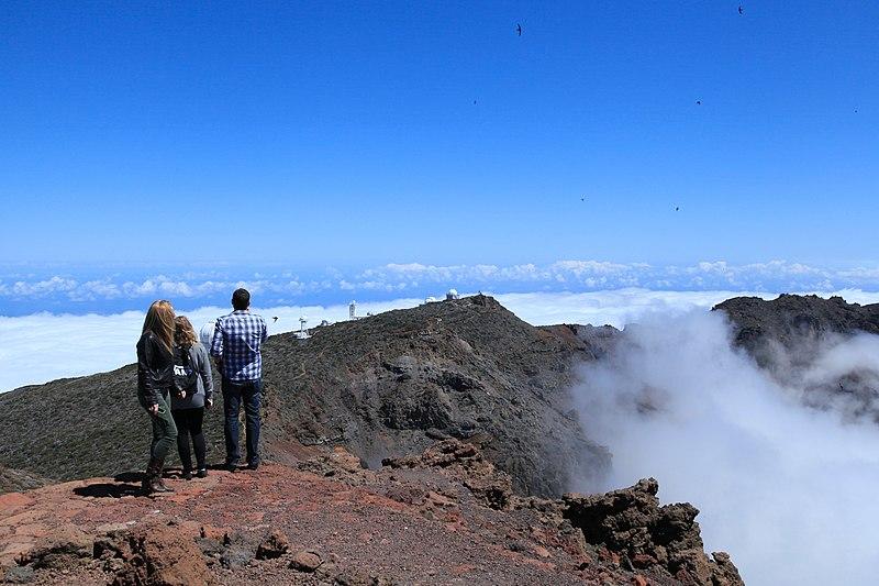 File:La Palma - El Paso - Caldera de Taburiente + Roque de los Muchachos Observatory (Roque de Los Muchachos) 03 ies.jpg