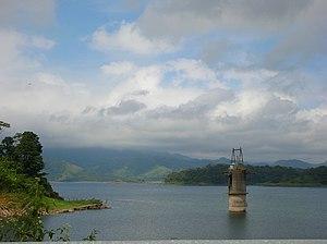 Installations hydro-électriques du lac Arenal,...