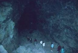 Lava River Cave, Echo Hall.jpg