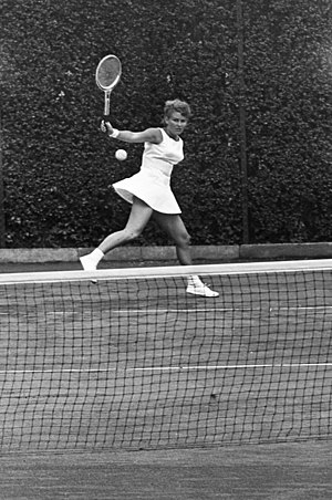 Lesley Turner Bowrey - Lesley Turner at the 1964 Dutch Open in Hilversum.