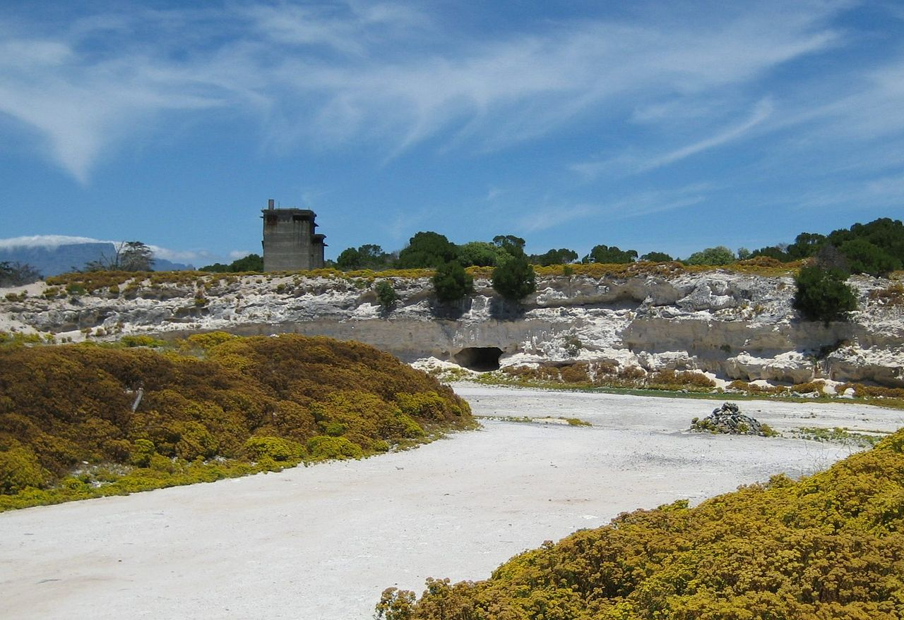 File Limestone Quarry Robben Island Jpg Wikimedia Commons