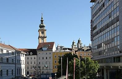 Linz Stadtpfarrkirche Alter Dom 2014.jpg