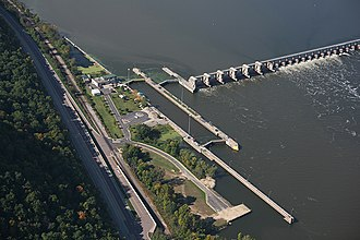 Lock and Dam No. 5 - Image: Lock and dam 5