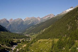 Blatten (Lötschen) - Image: Loetschental 2007