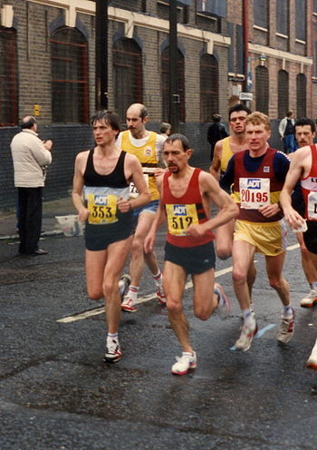 English: Competitors in the 1990 London Marathon