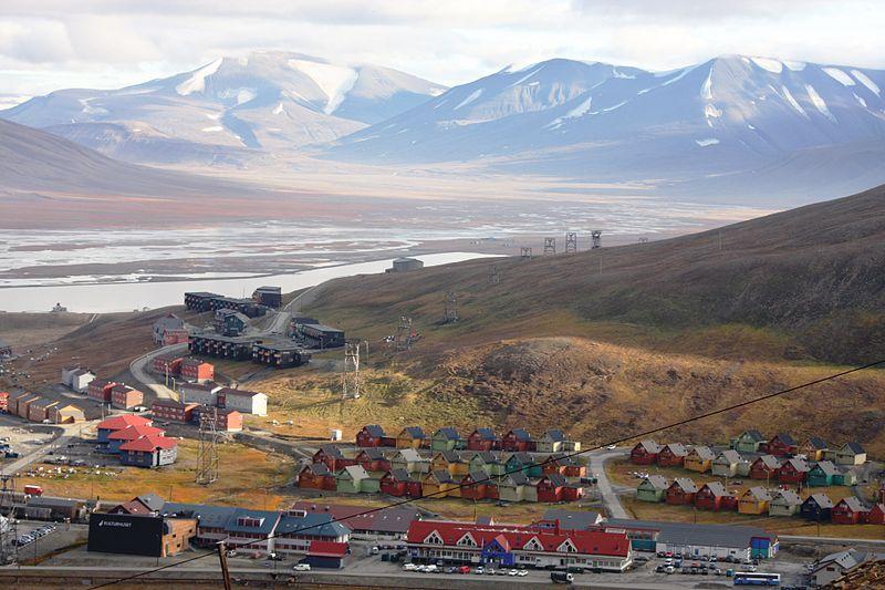 File:Longyearbyen IMG 9855 Adventdalen Lia.jpg