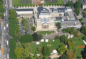 Hessisches Staatstheater Wiesbaden - Image: Luftbild Wiesbaden Hessisches Staatstheater IMG 0130