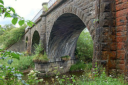 Lyne viaduct (1).jpg