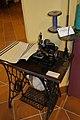 Máquina de coser Singer de 3 carretes, Antequera.jpg