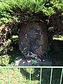Měšice, památník příchodu Rudé armády.jpg