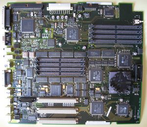 Macintosh Quadra 840AV - Macintosh Quadra 840AV logic board