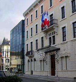 L'hôtel de ville de Oyonnax.