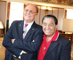 Renzo Arbore - Renzo Arbore (left) with Mario Trevi in April 2017.