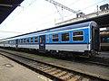 Masarykovo nádraží, vůz Bdmtee.jpg