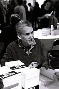 Mathieu Lindon salon radio france 2011.jpg
