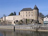 Mayenne - Castle - 2.jpg