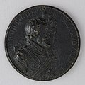 Medal Showing Henry IV of France (b. 1553, r. 1589–1610) and Marie de Médicis (1573–1642) MET 22.122.19 003nov2014.jpg