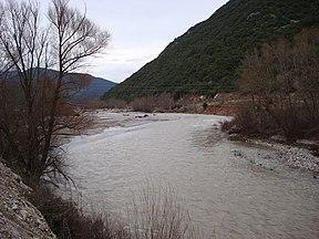 Άποψη του ποταμού μέγδοβα στο νομό