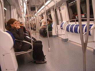 Barcelona Metro 9000 Series - Image: Metro barcelona
