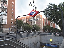 Sainz de baranda metropolitana di madrid wikipedia for Piscina sainz de baranda