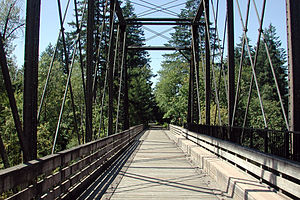 Pedestrian bridge over the North Santiam River at Mill City