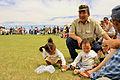 Mongolskie dzieci na lokalnym festiwalu Naadam (05).jpg